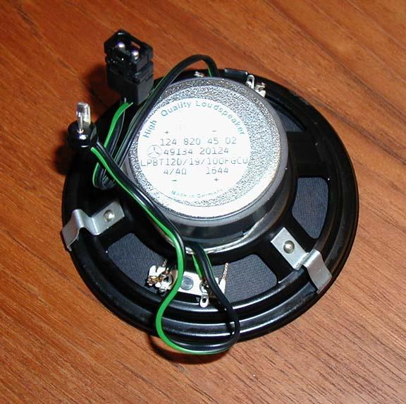 w124 94 e320 speaker wiring peachparts mercedes benz forum rh peachparts com mercedes sprinter speaker wiring Speaker Wiring Configurations