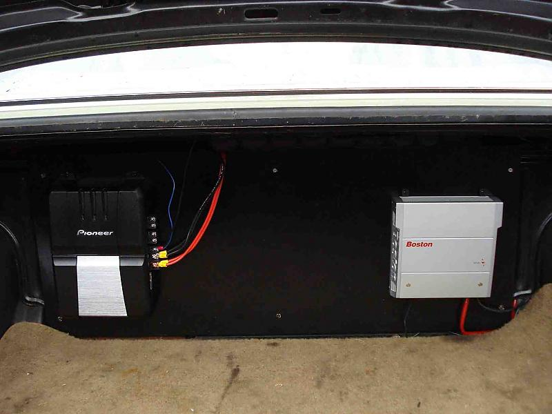 Cool Installing Two Amps Peachparts Mercedes Benz Forum Wiring Cloud Usnesfoxcilixyz
