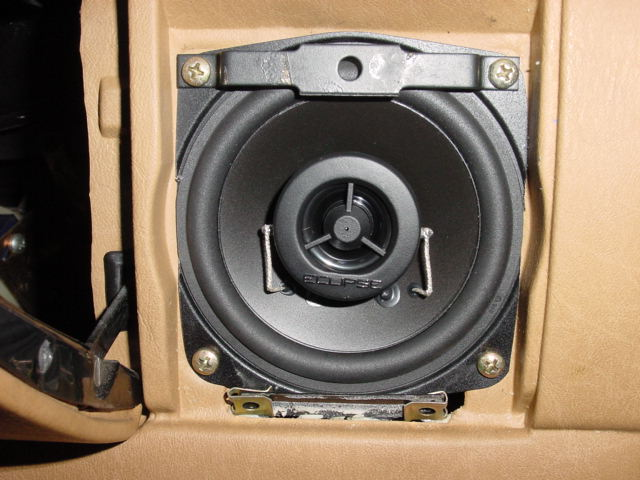 W107 Speaker Placement Options Peachparts Mercedes Benz