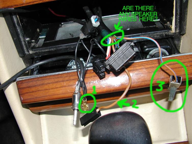 98779d1326496389 help radio wiring w126 photo1 help! with radio wiring w126 peachparts mercedes shopforum Single Pole Switch Wiring Diagram at mifinder.co