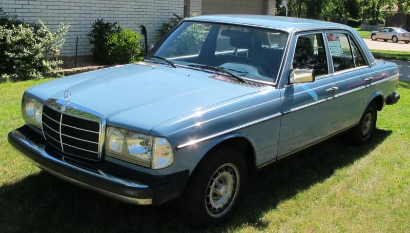 Sold 1980 Mercedes W123 240d China Blue Peachparts Mercedes