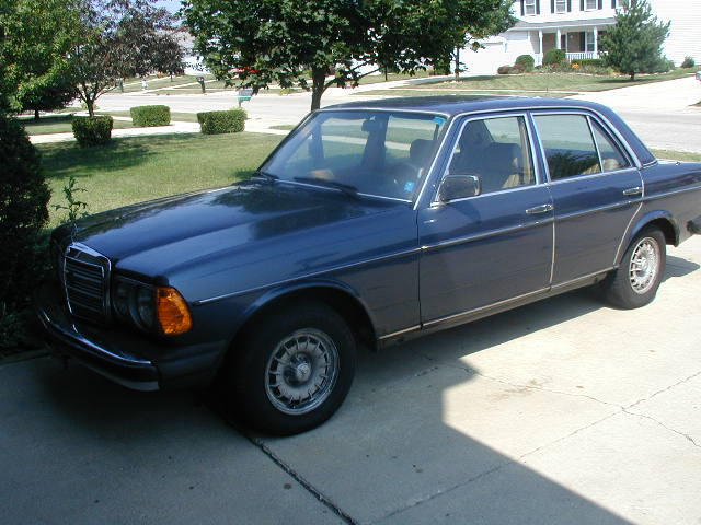 Older mercedes parts pictures to pin on pinterest pinsdaddy for Mercedes benz parts chicago