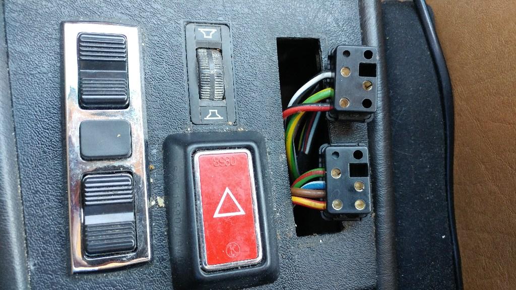 [FPER_4992]  Front Passenger Window Switch Pinouts---What Does What? ('81 300D W123) -  PeachParts Mercedes-Benz Forum | Mercedes 300d Window Switch Wiring Diagram |  | the PeachParts Forum!