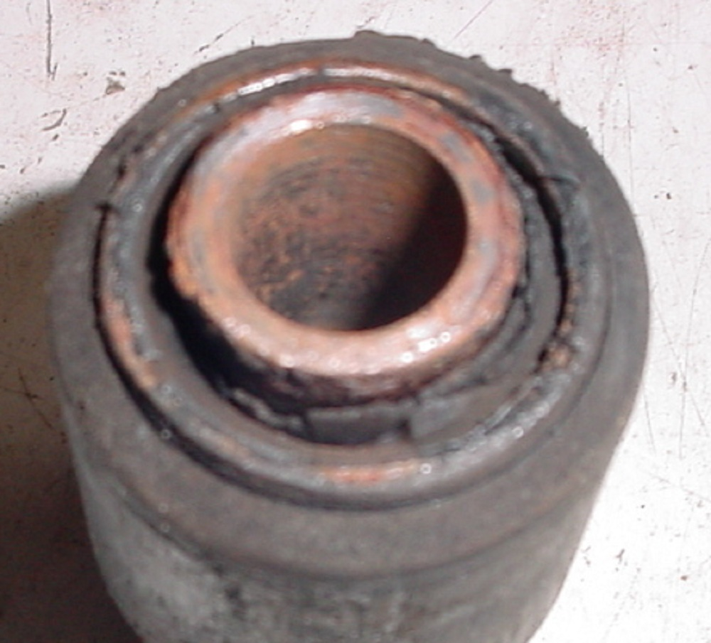 W123 what are the symptoms of bad rear trailing arm bushings