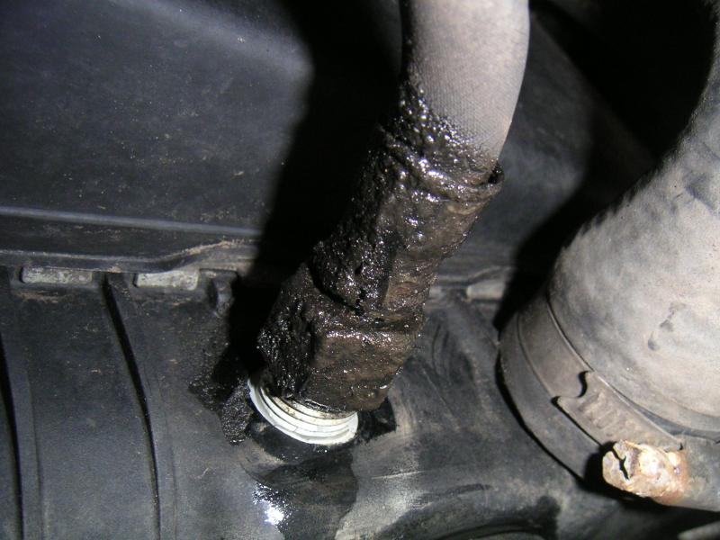 Transmission fluid leaking from radiatorscost? - Ford Explorer
