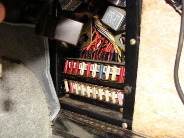 1983 380sl Ac Comperssor Relay Location