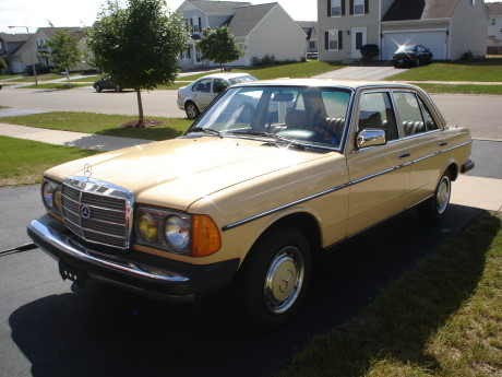 Image Gallery Mercedes 240d 1981