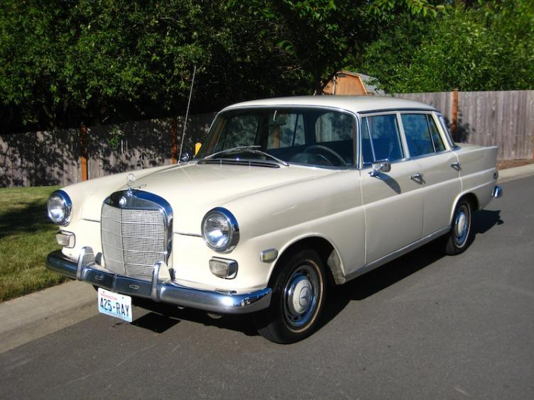 fs 1968 mercedes benz w110 230 peachparts mercedes. Black Bedroom Furniture Sets. Home Design Ideas