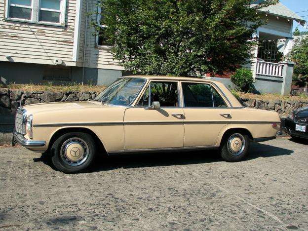 1971 mercedes benz 220 w115 portland or peachparts for Mercedes benz w115 for sale