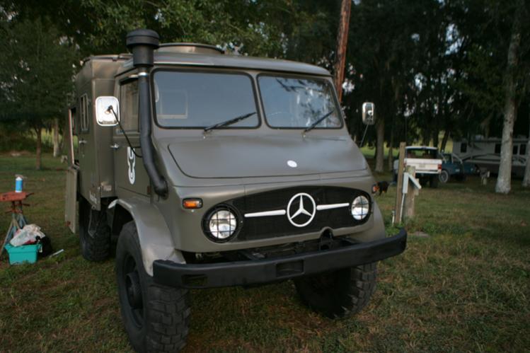 1965 MercedesBenz Unimog 404115 TLF8  9750  PeachParts