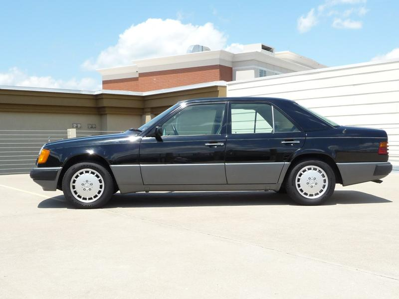 1990 mb w124 300e black gray garage kept 2100 peachparts mercedes shopforum. Black Bedroom Furniture Sets. Home Design Ideas