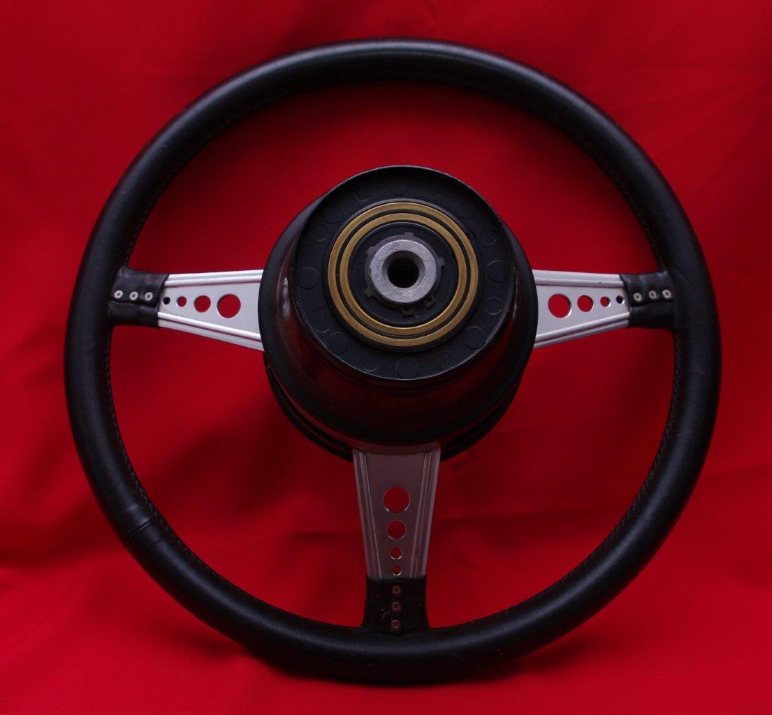 Mercedes benz sel 6 3 amg racing steering wheel for Mercedes benz steering wheel