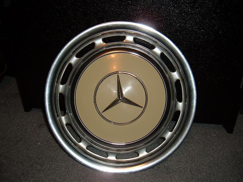 Classic mercedes hubcaps peachparts mercedes shopforum for Mercedes benz hubcaps