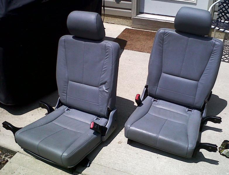 fs ml third row seats and hardware belts 1000 obo. Black Bedroom Furniture Sets. Home Design Ideas