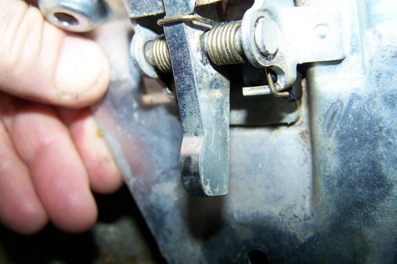Trunk lock button tumbler repair 560SL - PeachParts Mercedes-Benz Forum